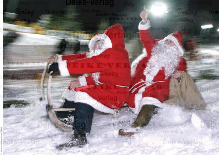 Schweiz Samnaun Santa Claus Weltmeisterschaft
